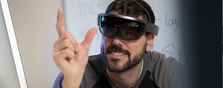 How can Virtual and Augmented Reality Help to Analyze and Visualize Data?
